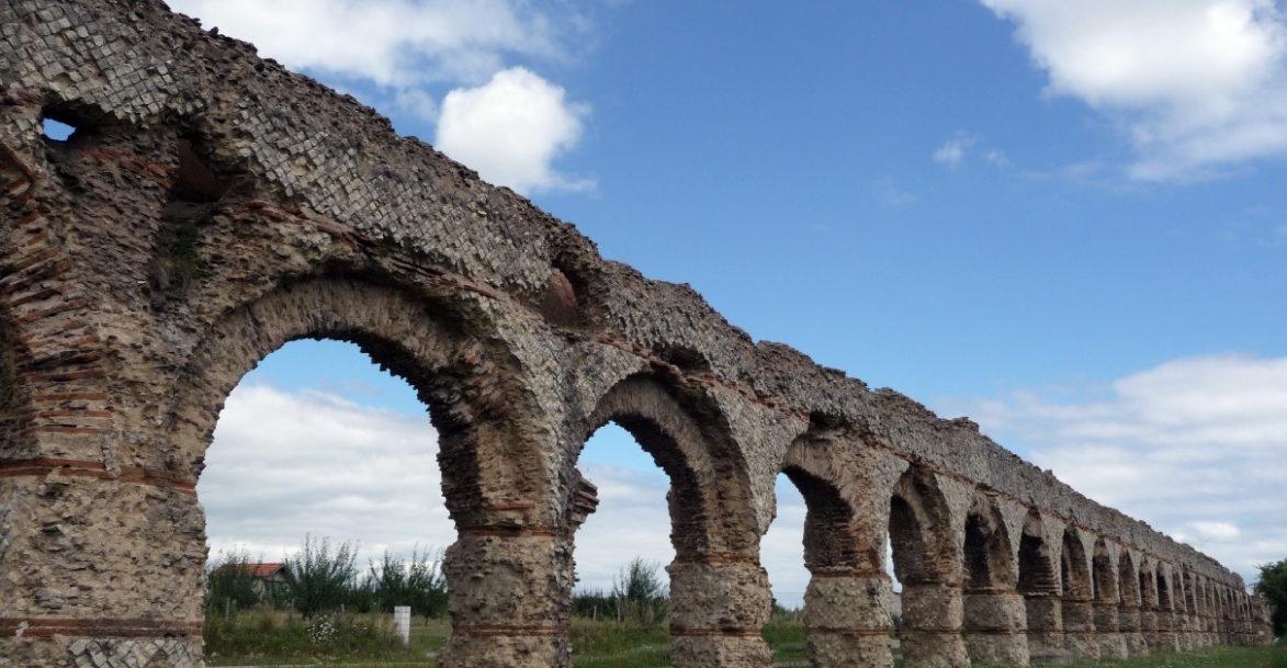 Aqueduc antique de Lyon