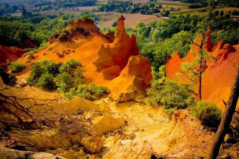 Colorado Provençal, couleurs